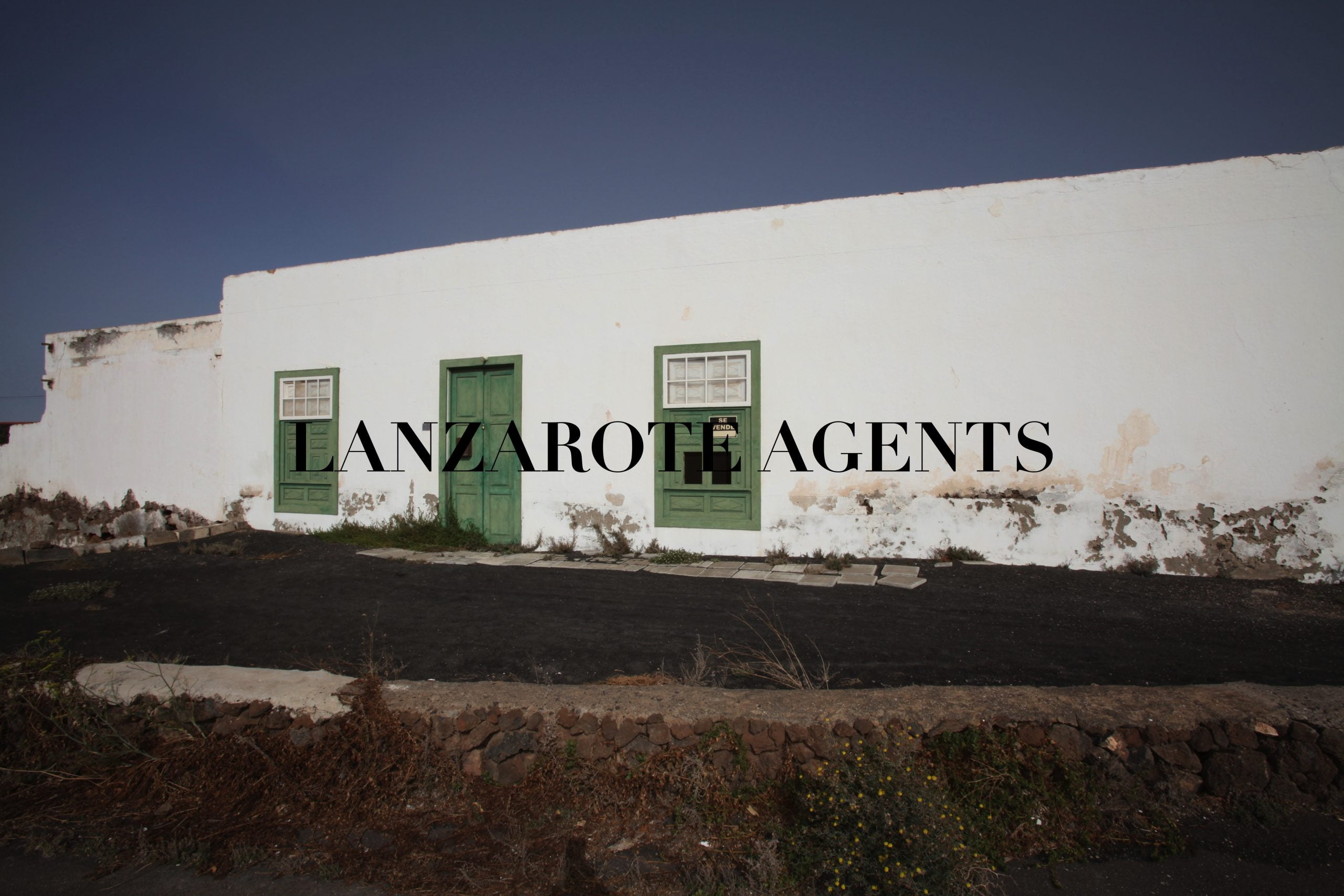 BARGAIN–Beautiful old Canarian House for Restauration Proyect in Macher.