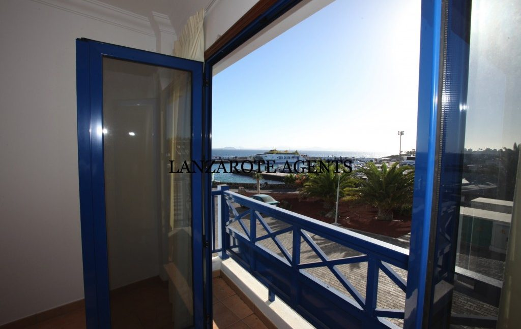 Reduced Price!!! Lovely Two Bedroom Front Line Apartment With The Best Sea Views in Playa Blanca