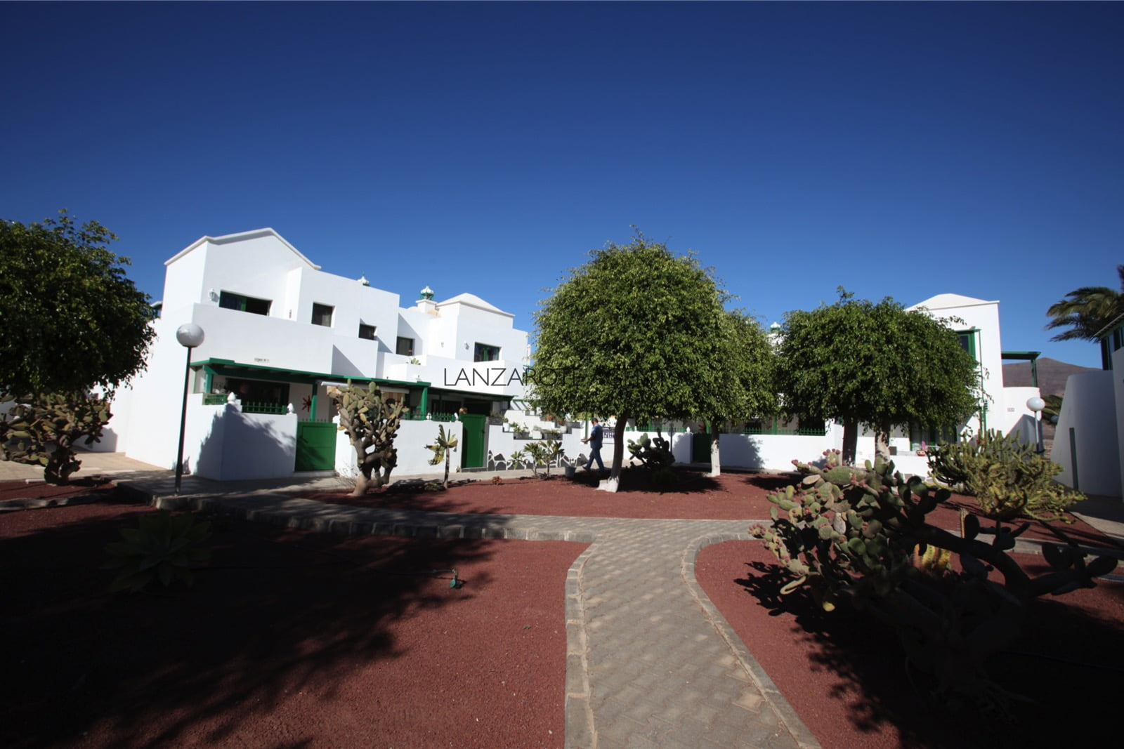 Unique Opportunity to Buy a Ground Floor Two Bedroom Apartment in a lovely Complex at Only 5 min walk to Dorada Beach