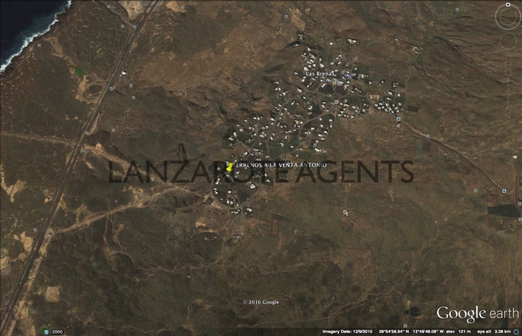 NOT TO BE MISSED–BIG PLOT OF BUILDABLE LAND IN LAS BREÑAS WITH OLD HOUSE AND OUT BUILDINGS
