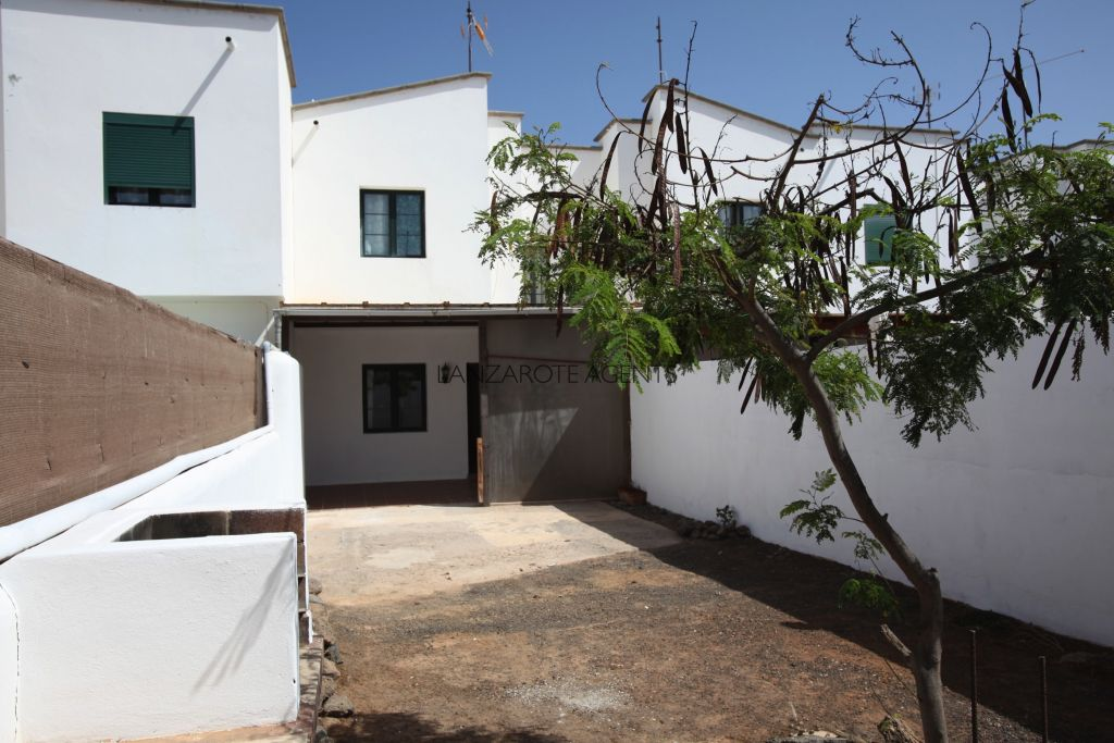 Reduced Price!! Fantastic 2 Bedroom Duplex Apartment in Playa Blanca With a Good Size Terrace and Garden