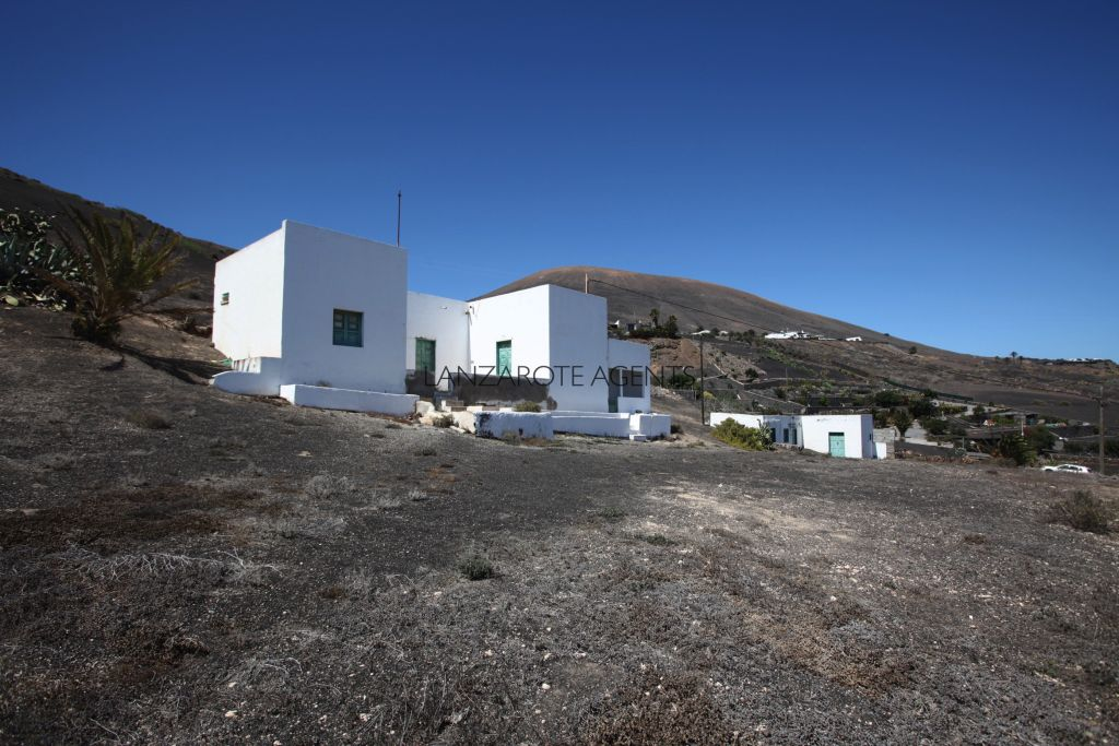 REDUCED PRICE!!!Great Opportunity to Buy Two Country Houses for Renovation in La Asomada with Stunning Panoramic Sea and Volcanoes Views and a Great Piece of Land