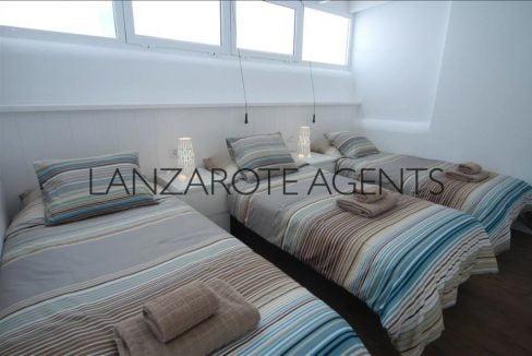 Marina Azul triple bedroom7072d070-fd41-43e7-933f-ee3ed2d0cb3e