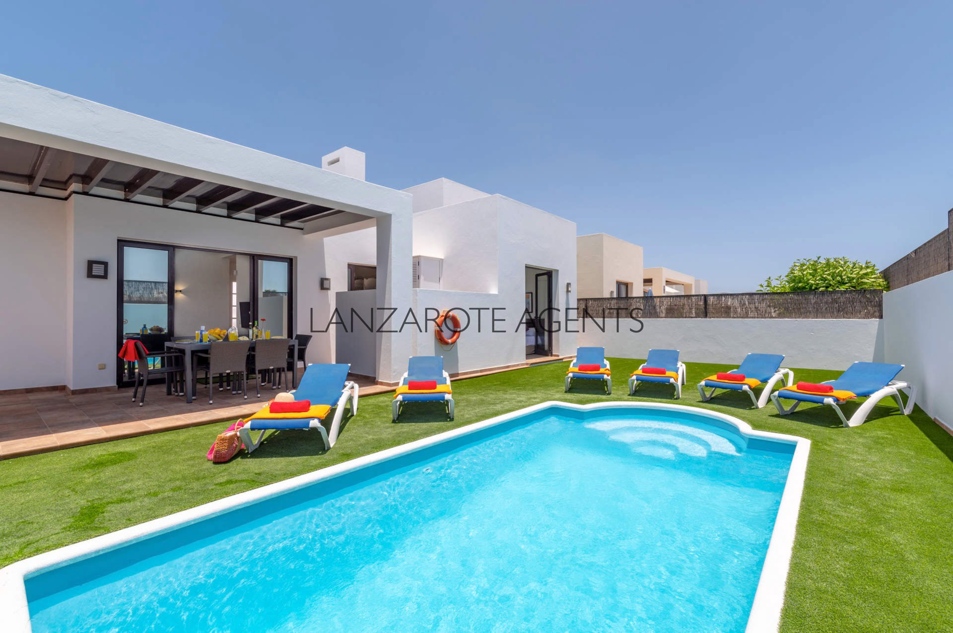 Perfect Family Villa With Vv Tourist License, Private Pool and Near the Town Centre and all Amenities.