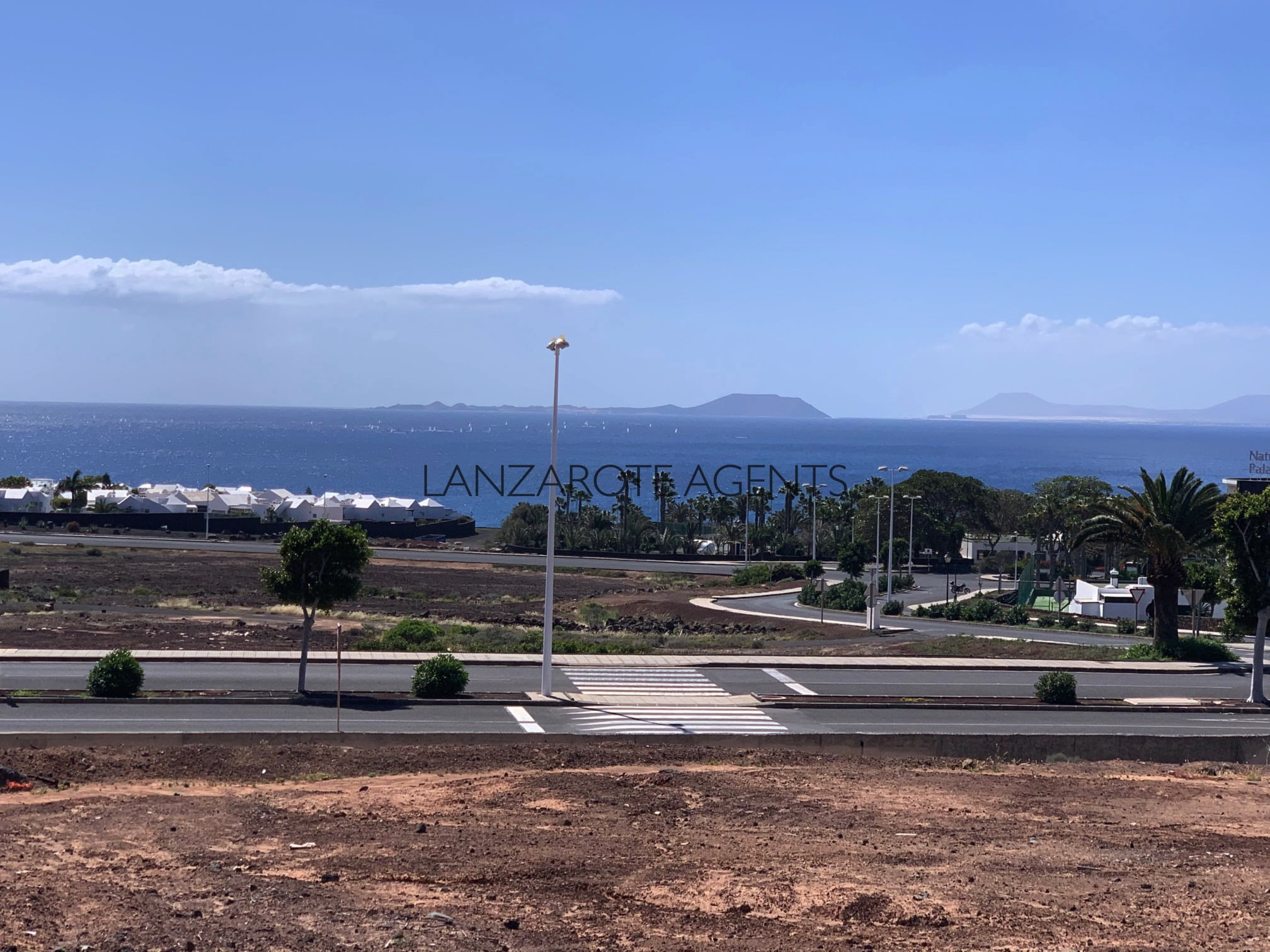 Magnificent Plot to Build a Villa with Stunning Sea Views in Playa Blanca