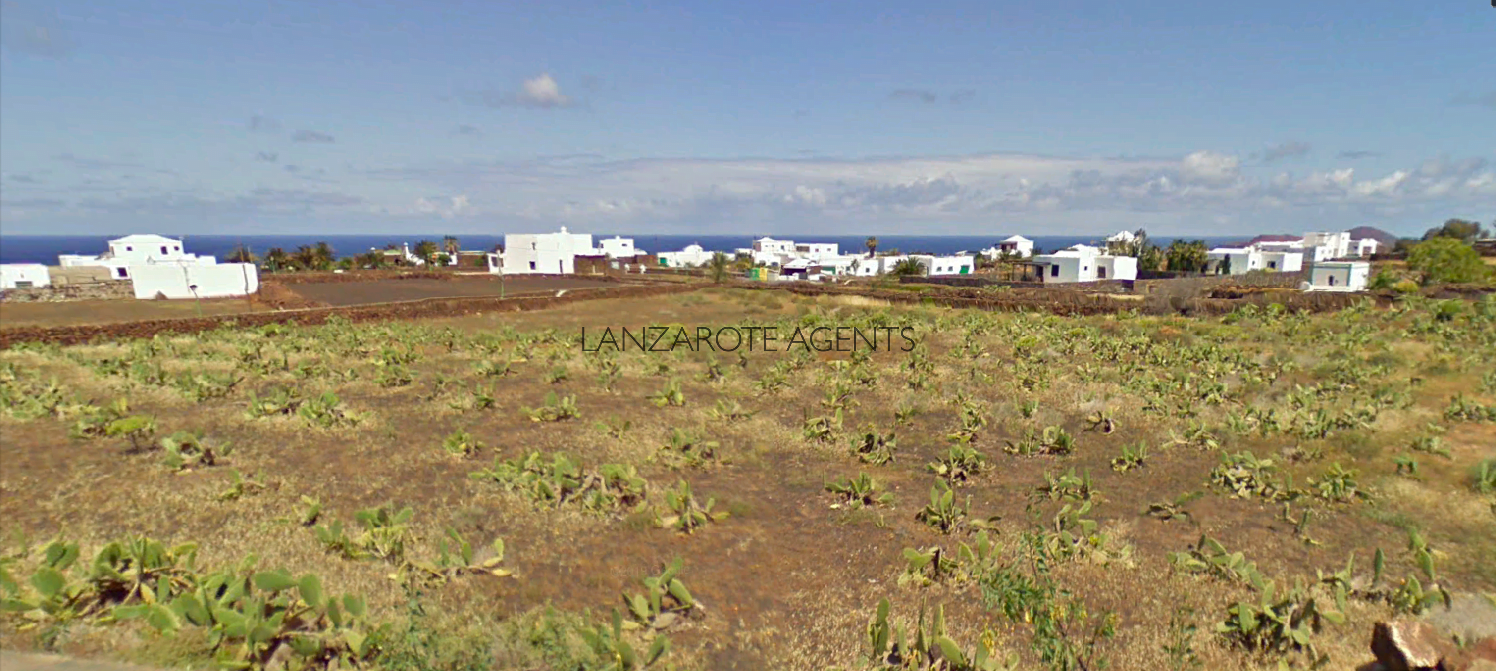 Plots of Land To build a fabulous Villa in Las Breñas, a Quaint Village at Only 10 min from Playa Blanca.