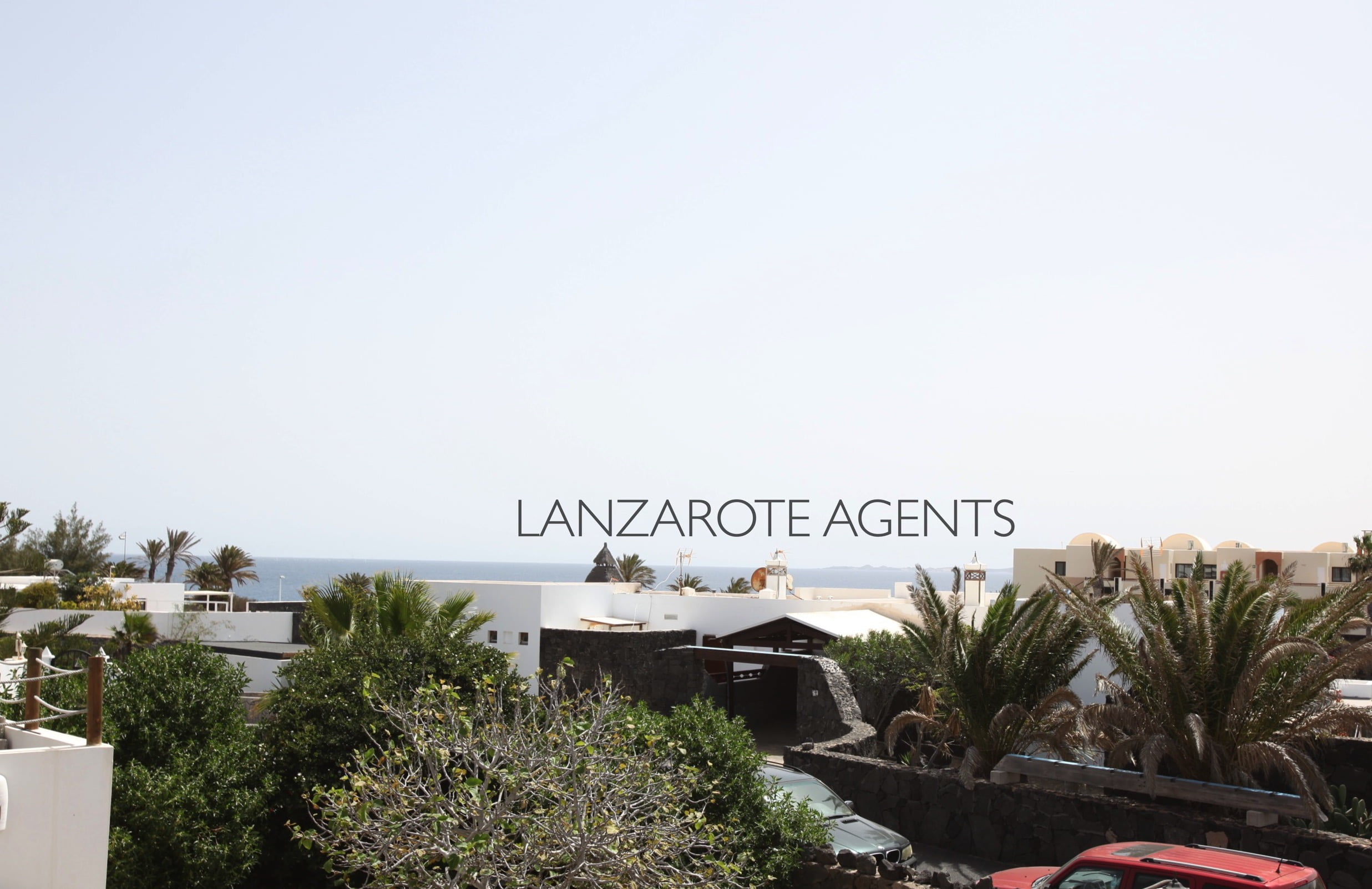 Spacious 5 Bedroom Family Villa with Sea Views and at only 3 min walk to the Sea Promenade and a Self- Contained Apartment