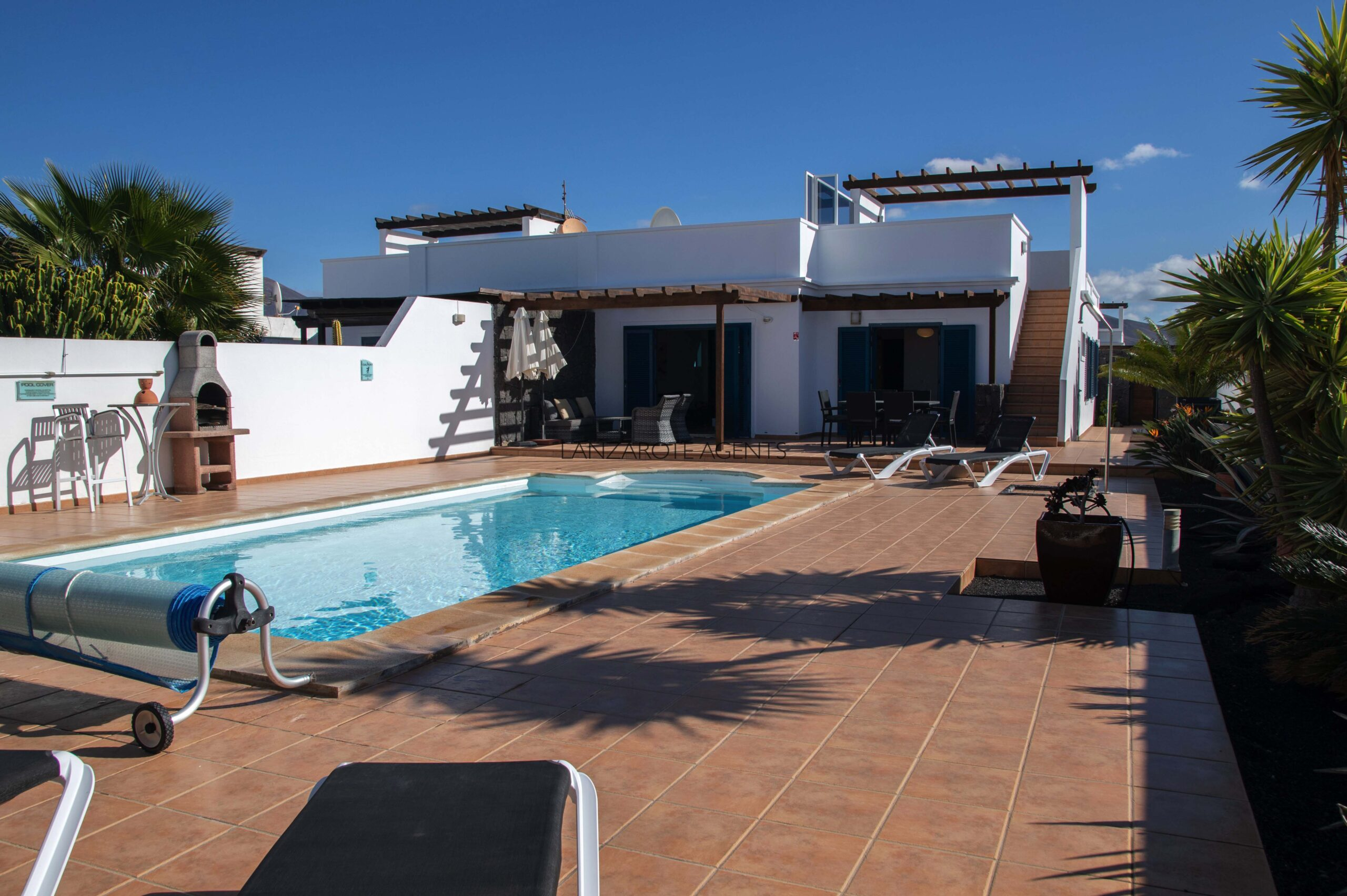 Wonderful Renovated Semi Detached Villa in Quiet Residential Area with Private Pool and Open Views