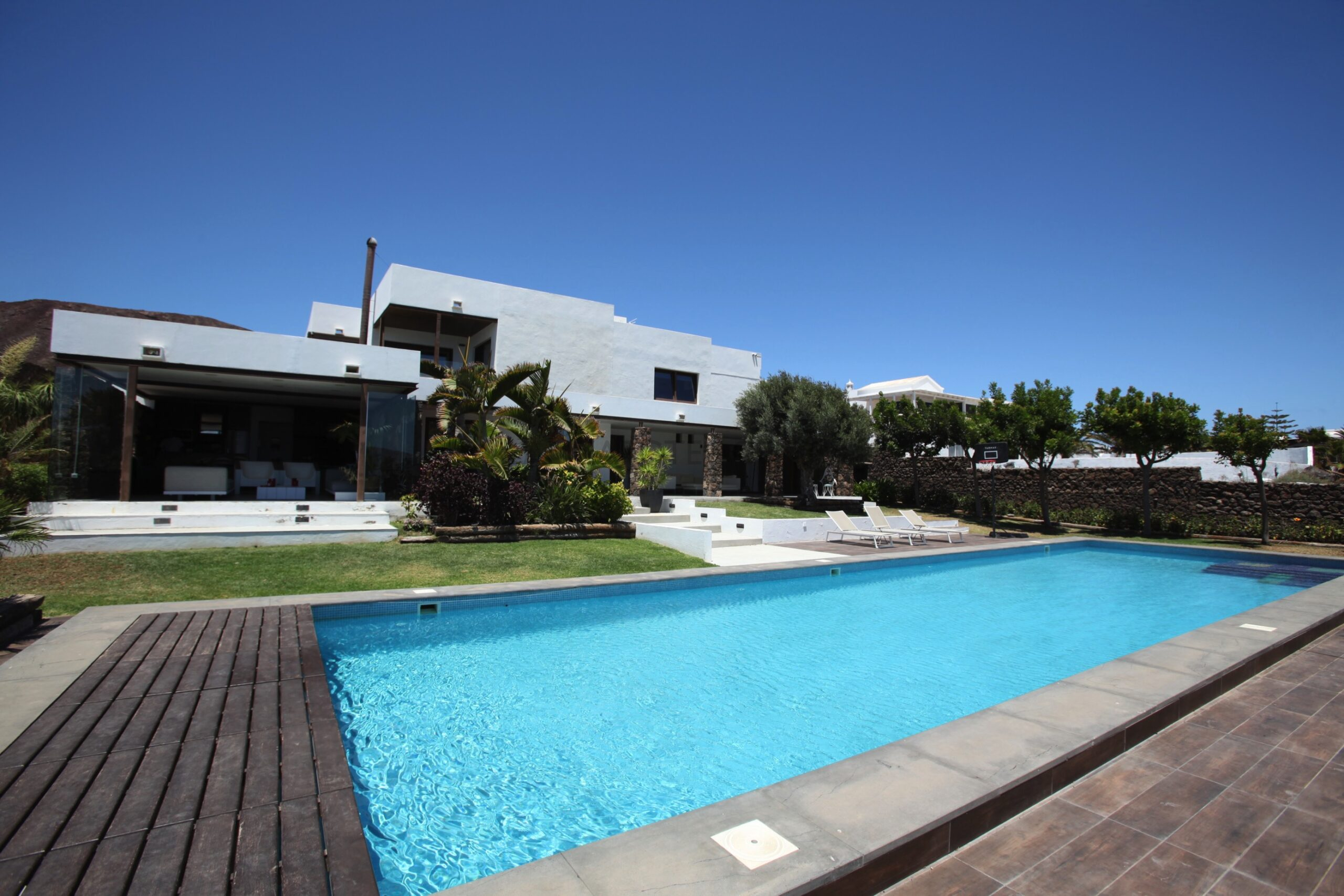 The Best Stunning 5 Bedroom Luxury Villa In Playa Blanca with Breathtaking Views of the Sea and the Femes Mountains.