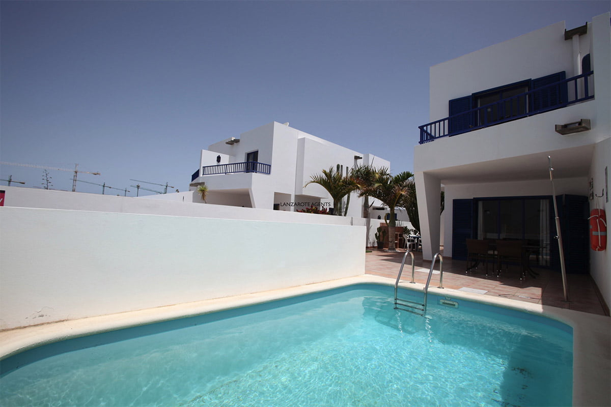 Rare Opportunity to Buy an Investment 2 Bedroom Villa with Private Pool, Vv license and Future Bookings in Marina Rubicon