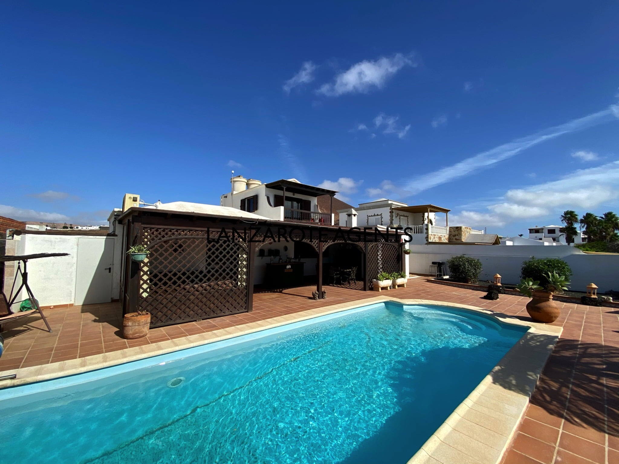 Fabulous Spacious 4 Bedroom Detached Villa in Tahiche with Private Heated Pool and Large Plot and Panoramic Sea Views