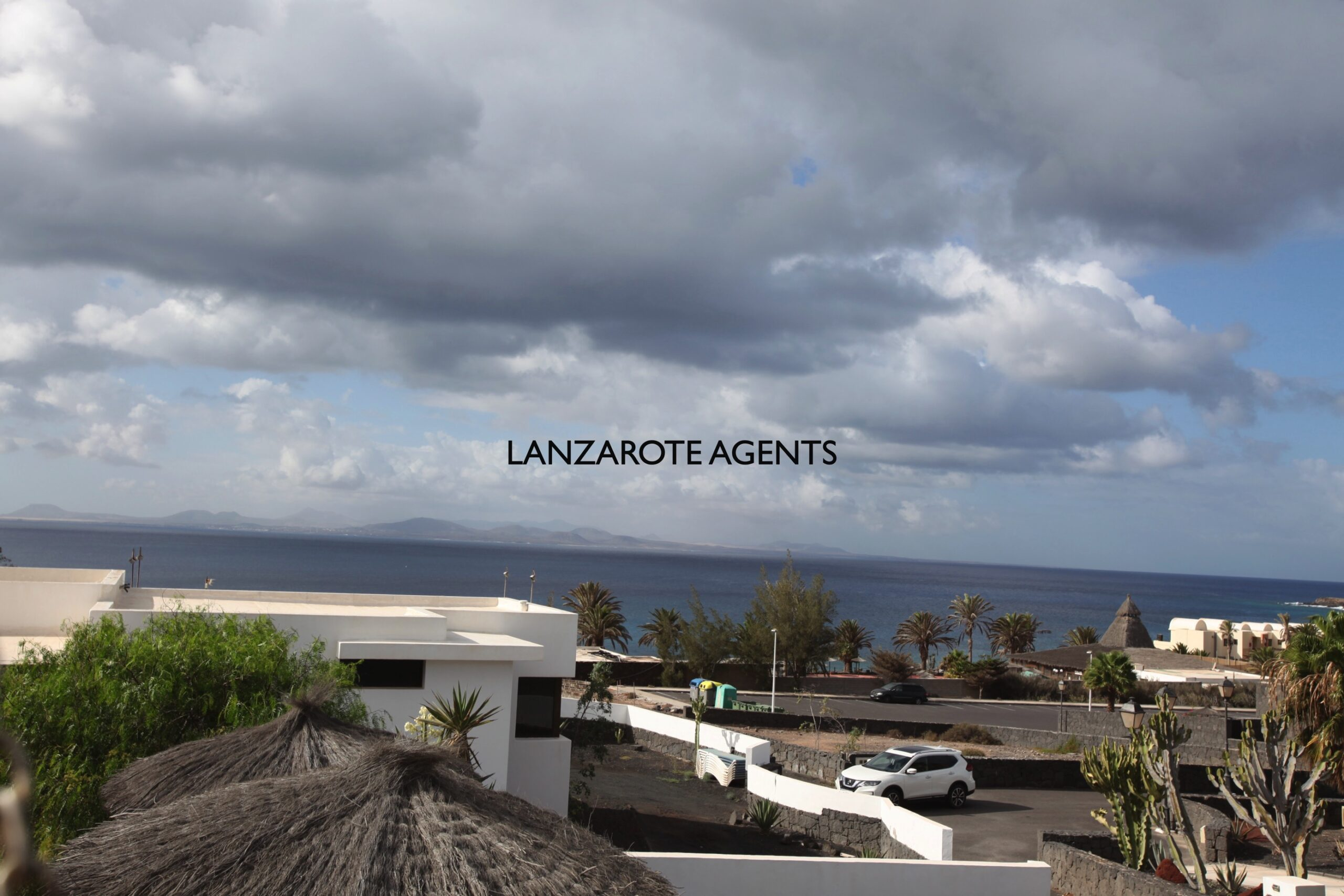 Fabulous 4 Bedroom Detached Villa In Second Line Of the Sea on a Large Plot with the Most Amazing Sea Views